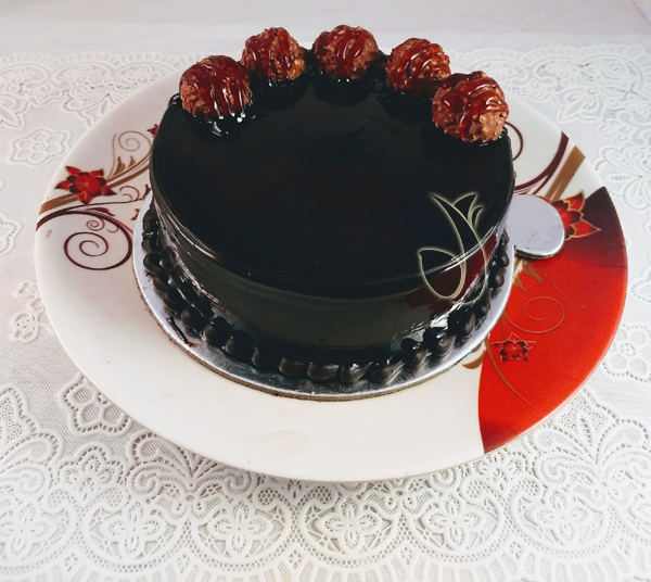 Flowers Delivery in LucknowFerrero Rocher Cake