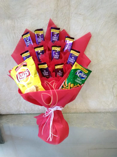 Flowers Delivery in LucknowChocolate & Kurkure Lays