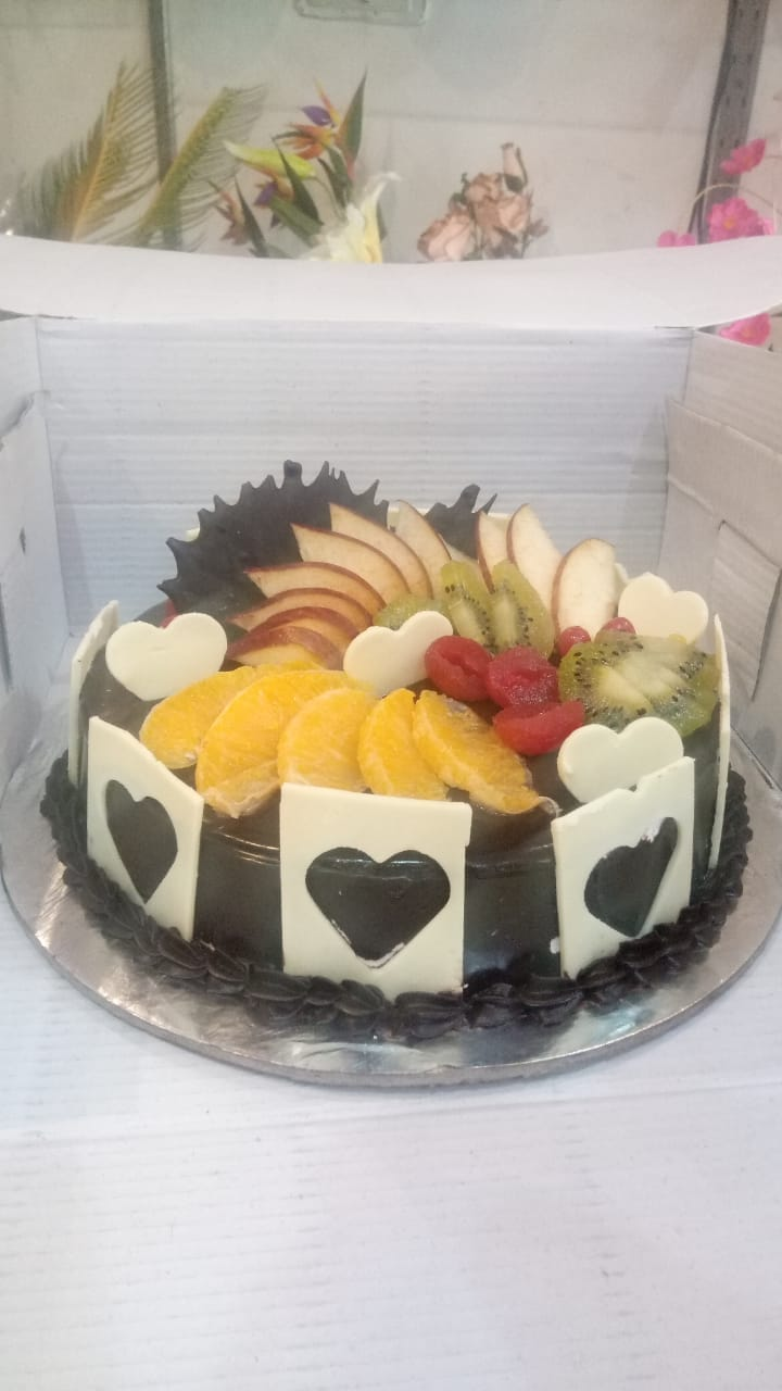 1Kg Fruit Chocolate Cake