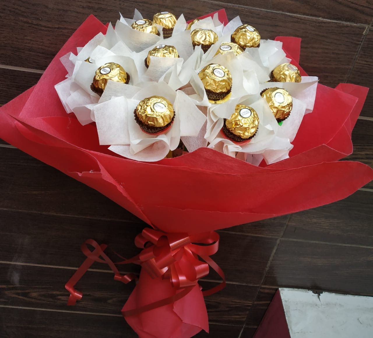 Flowers Delivery in LucknowBunch of Ferrero Rocher