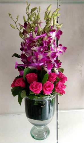 Vase Arrangement of Orchid & Roses