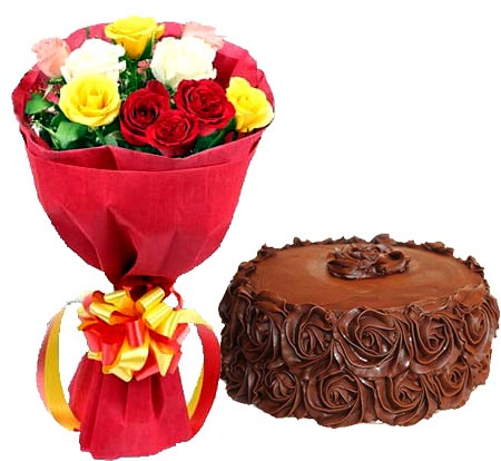 Flowers Delivery in CalcuttaMix Roses with Choco Roses Cake