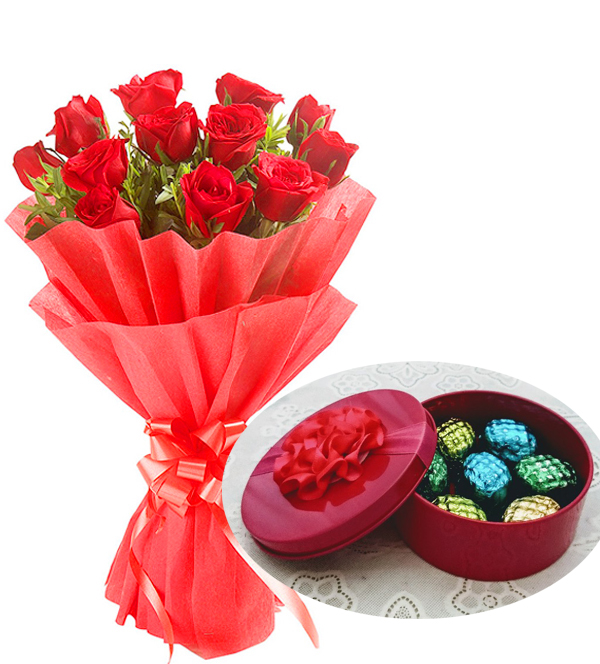 Rose Bunch & Hand Made Chocolate Box  (Only For Delhi)