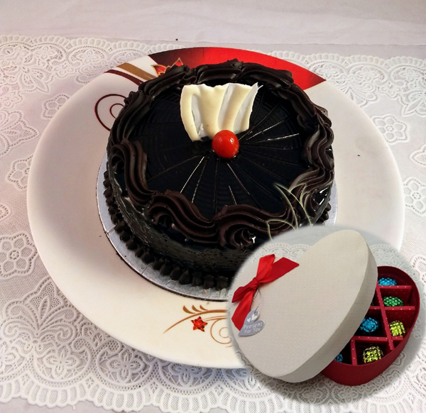 Chocolate Truffle Cake & Hand Made Chocolate Box  (Only For Delhi)