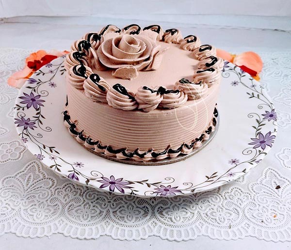 Butter Scotch Cream Chocolate Cake