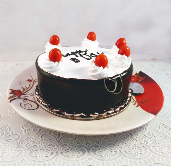 Black Forest Plain Cake