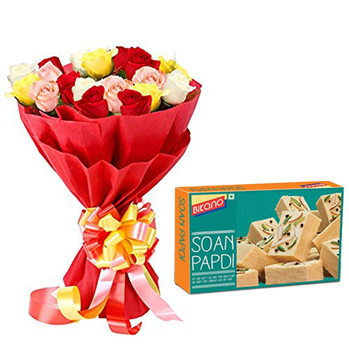 Bunch of Roses in Paper Packing & 500Gm Soanpapdi
