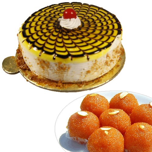 1/2KG Butter Scotch Cake & 500Gm Moti Choor Ladoo