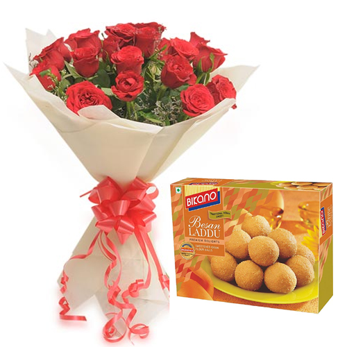 Roses Bunch & 500Gm Besan Laddu