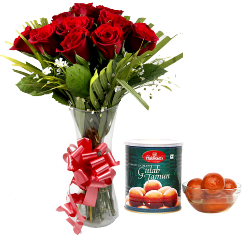 Flowers Delivery in BhilaiRoses in Vase & 1Kg Gulab Jamun Pack
