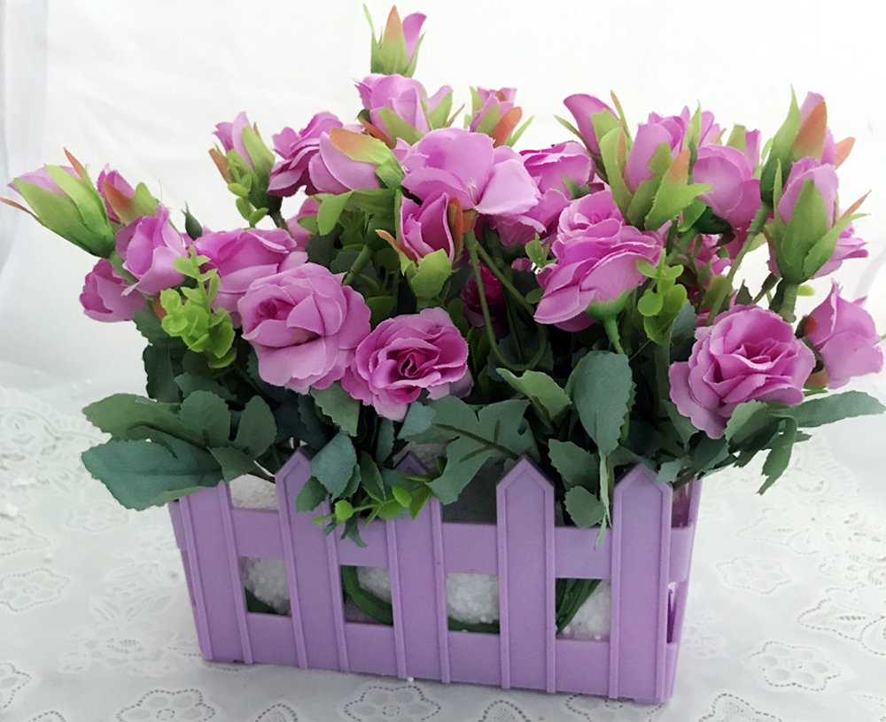 40 Mini Purple Roses in Purple Basket (Only For Delhi)