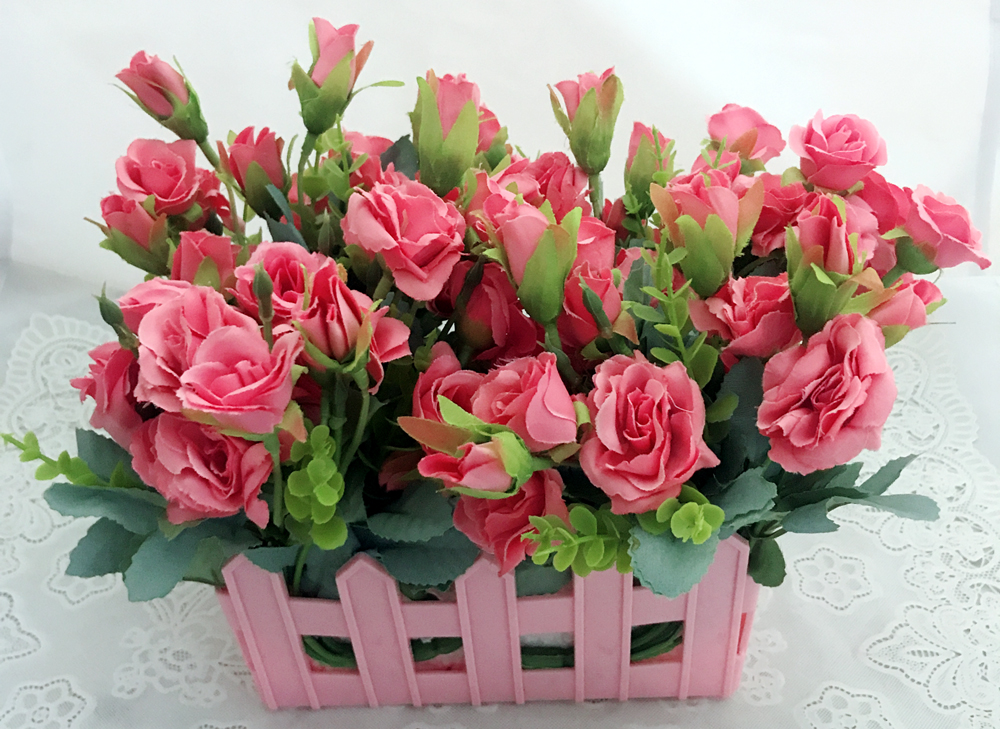 40 Mini Pink Roses in Pink Basket (Only For Delhi)