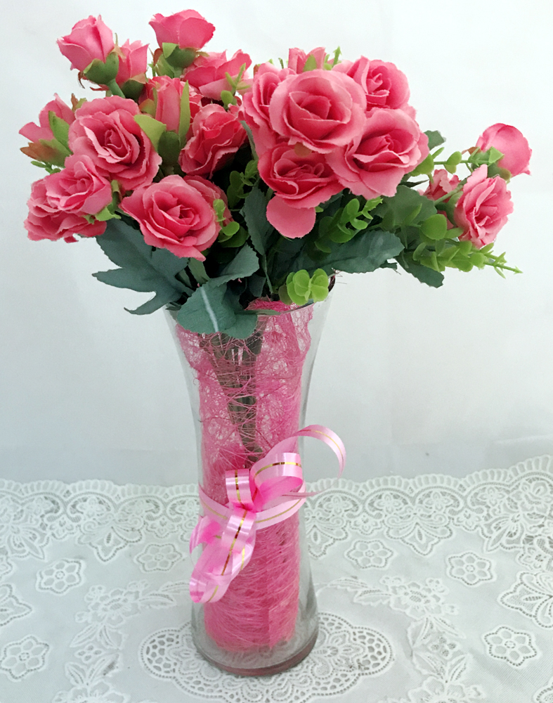 30 Pink Mini Roses in Vase (Only For Delhi)
