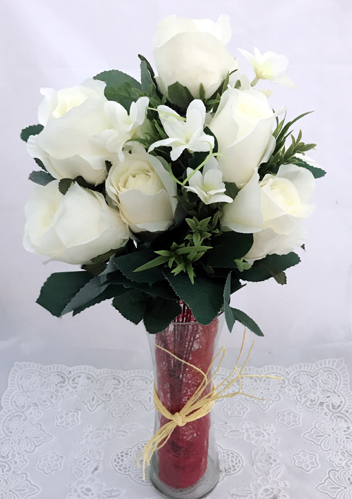 7 Artificial White Silk Big Roses in a Glass Vase (Only For Delhi)