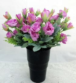 Purple Mini Roses in a Black Plastic Vase (Only For Delhi)