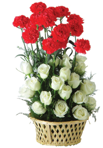 Arrangement of 20 white roses and 10 red Carnation